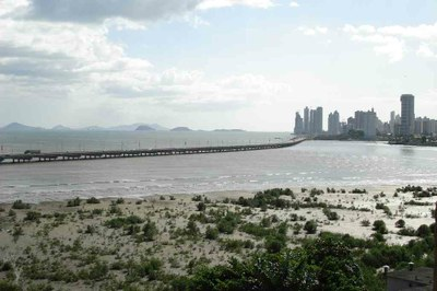 Shoreline of Panama City - Panama Real Estate Opportunities.jpg